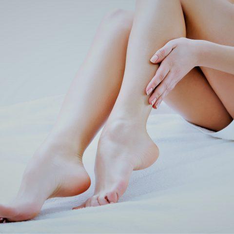 Jak wygląda moja pielęgnacja skóry naczynkowej nóg?