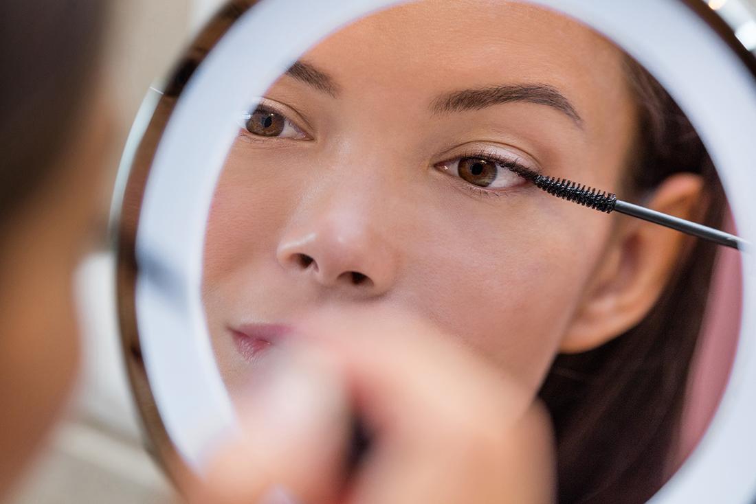 makijaż opadającej powieki