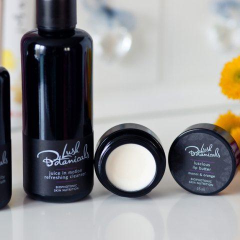 Kolekcja kosmetyków Lush Botanicals. Jak działają i co zawierają?