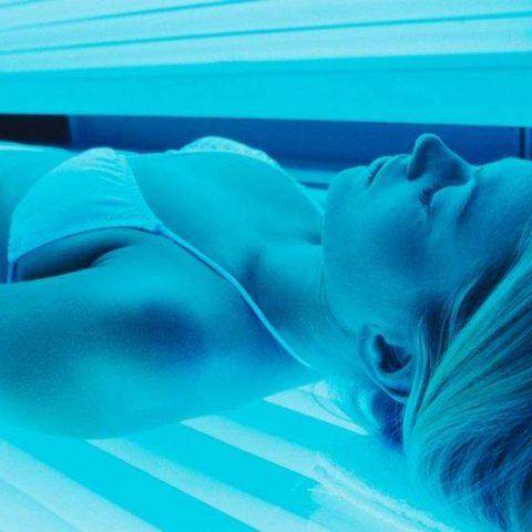 Jak korzystać z solarium i jakich kosmetyków wtedy używać?