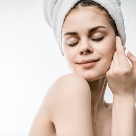 Skóra nastolatki a pielęgnacja w salonie kosmetycznym
