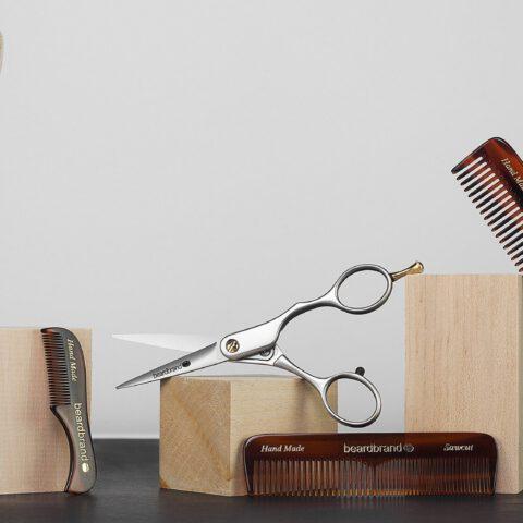 Szczotka z włosia dzika do włosów: właściwości, czyszczenie, wady i zalety