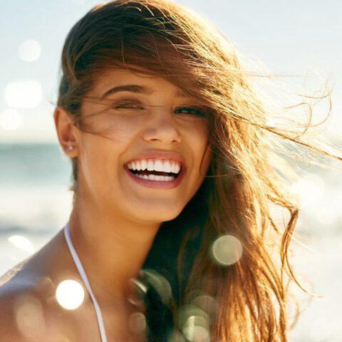 Jak słońce wpływa na włosy? Moja ochrona włosów przed UV